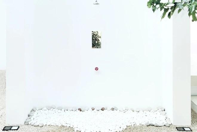 Chỉ một màu trắng tinh khôi nhưng không hề nhạt nhòa, ngôi nhà 26m² này đã làm được điều đó một cách hoàn hảo - Ảnh 12.