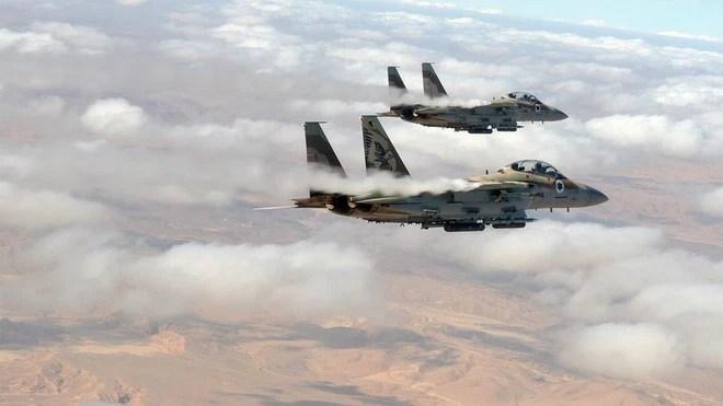 Israel tập kích ác liệt Syria: Đòn đánh thay đổi cục diện chiến trường? - Ảnh 1.