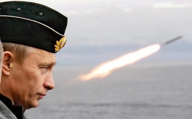 """Chuyên gia: Tàu chiến Nga sẽ ngay lập tức """"biến thành sắt vụn"""" nếu dám tấn công Mỹ ở Syria"""