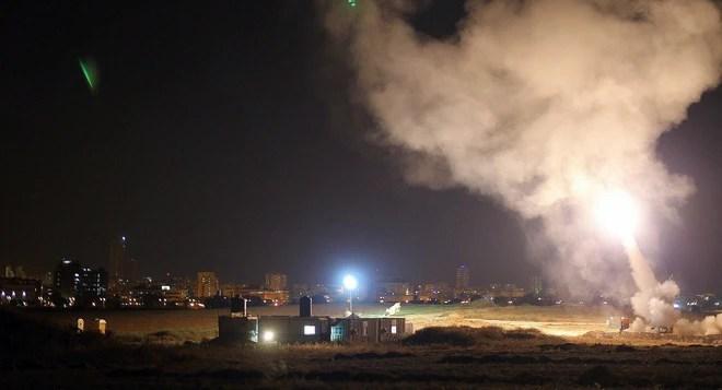 NÓNG: Trái tim Tel Aviv bị tấn công nghiêm trọng nhất kể từ 2014 - Hãy cầu nguyện cho Israel! - Ảnh 3.