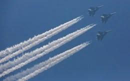 """Reuters: Mỹ trừng phạt Nga xuất khẩu vũ khí khiến nhiều đồng minh """"vạ lây"""""""