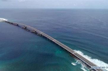 """Nguy cơ đảo quốc Maldives phải """"gán đất"""" cho Trung Quốc"""