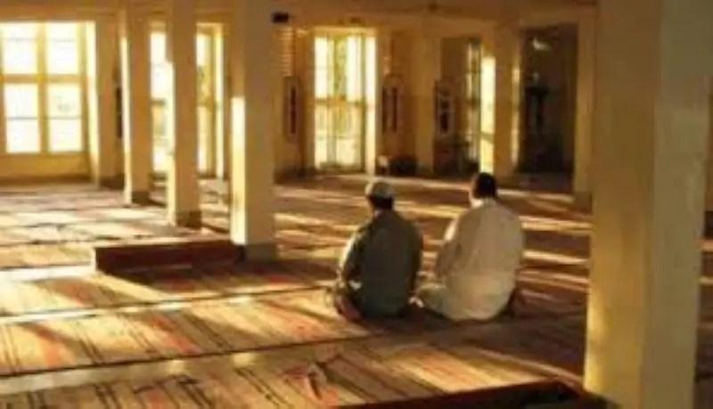 itikaf-iktikaf-di-masjid