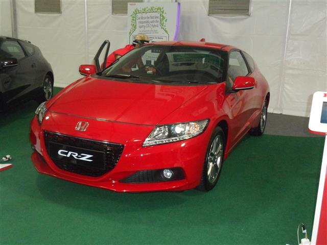 CR-Z merah