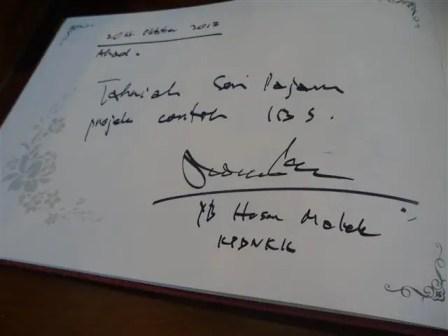 tandatangan YB dato hasan bin malek