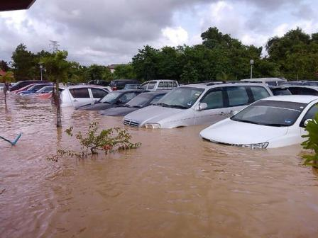 Apa la nasib kereta-kereta ni selepas banjir nanti