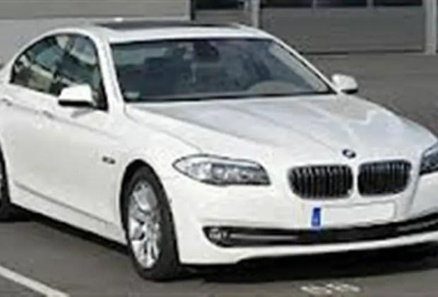 gambar kereta mewah