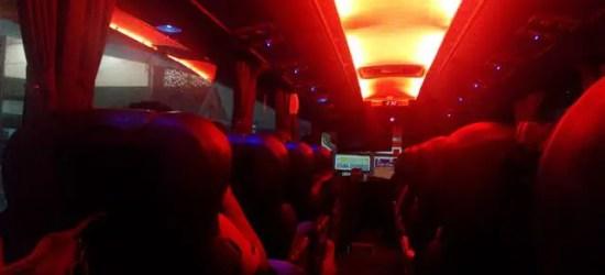 suasan dalam bas Sani Express untuk trip perjalanan malam
