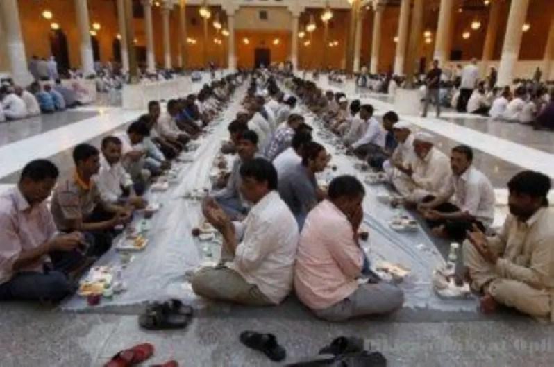 berdoa di ambang waktu berbuka puasa adalah antara waktu yang paling makbul doanya