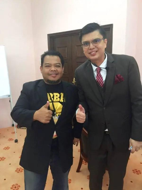 Bukan aku yang rendah... tapi Tuan Haji Mohd Asri Ahmad ni yang tinggi