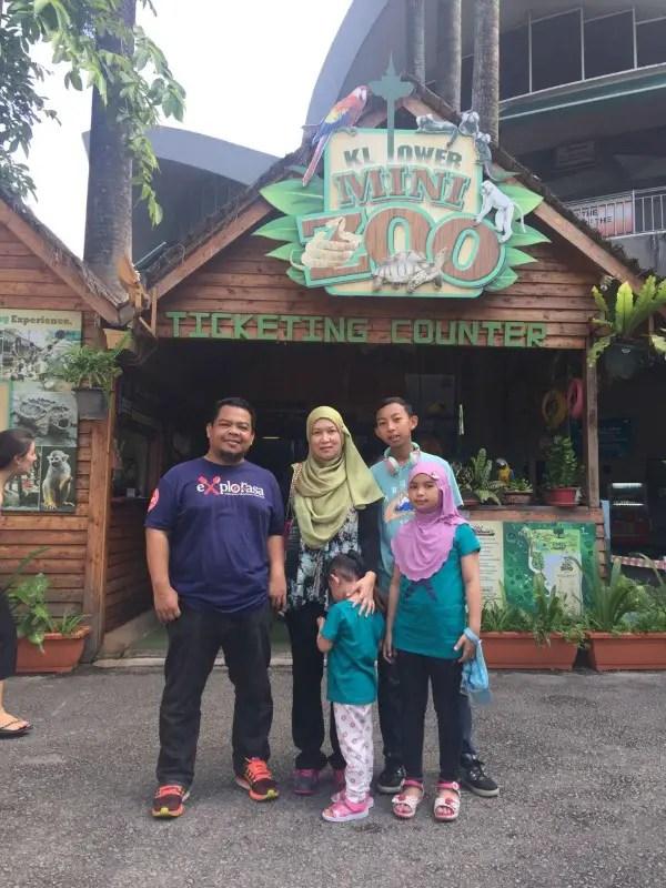 kl-tower-mini-zoo-family