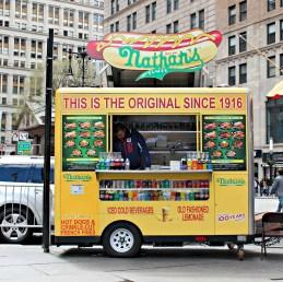 Nathan's famous - Camion ambulant à Manhattan