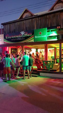 Coconuts Bar - Les Saintes