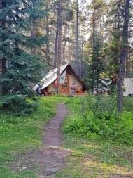 Les tentes Huttopia prêt à camper au camping Two Jack Lakeside Banff
