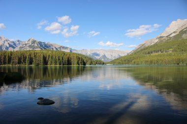 La vue depuis le camping Two Jack Lakeside à Banff