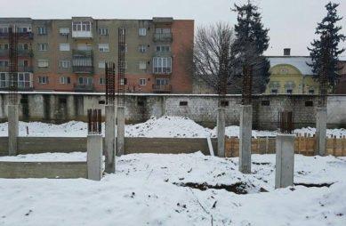 constructie-stadionul-soimii-lipova-3