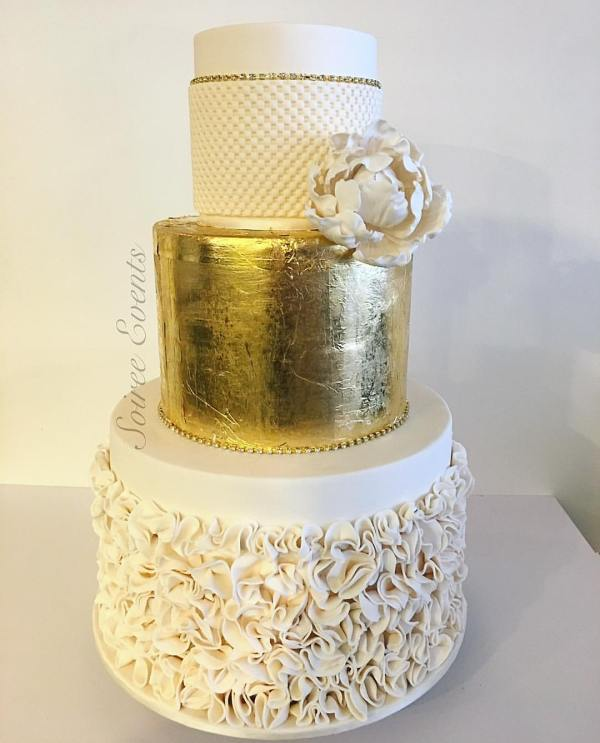 Goldleaf and Ruffle Cake