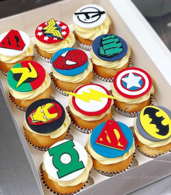 superhero cupcakes set