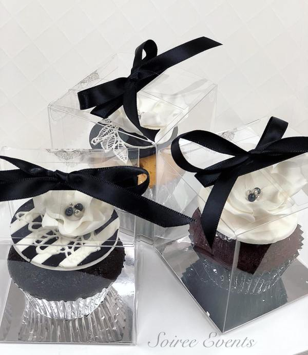 individually boxed cupcake in clear pvc box and ribbon