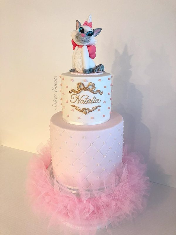 quilted-tutu-cake-with-marie-from-aristocats