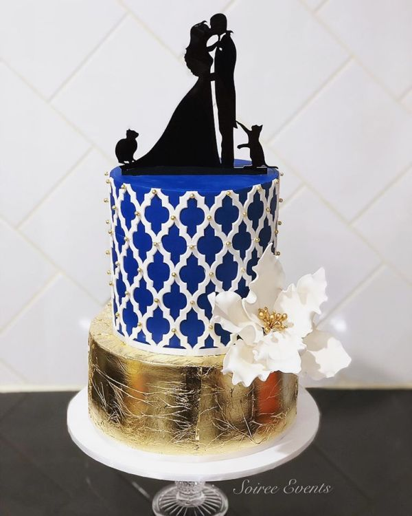 navy and gold morroccan lattice cake