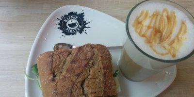 Kaffeepiraten Walnussbaguette Manchego mit Caramelato