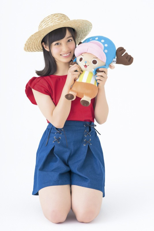 [ENTERTAINMENT] Rev. from DVL's center idol, Kanna Hashimoto, cosplays One Piece's Luffy