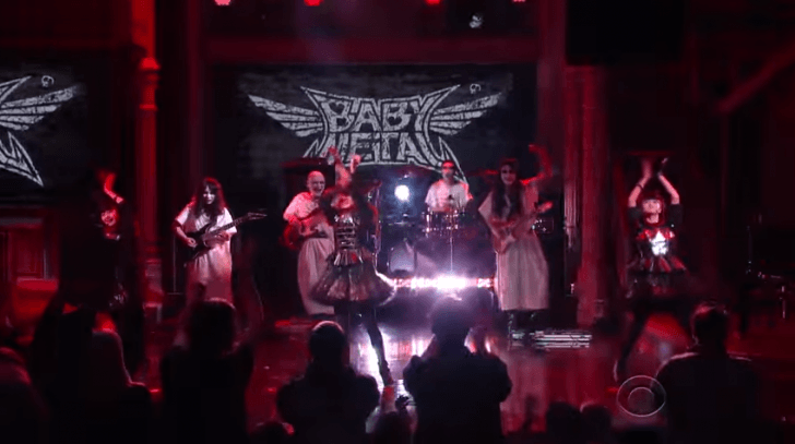 [ENTERTAINMENT] BABYMETAL rocks out the Late Show with Stephen Colbert