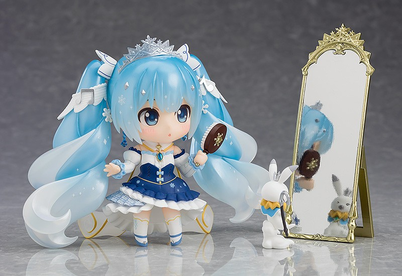 Snow Miku 2019's Nendoroid and figma versions revealed