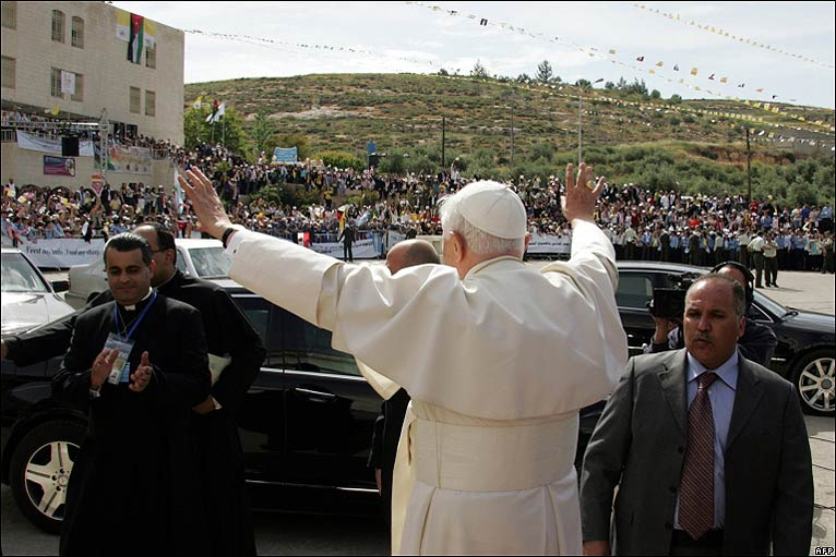 Pope Benedict visiting Jordan (5/6)