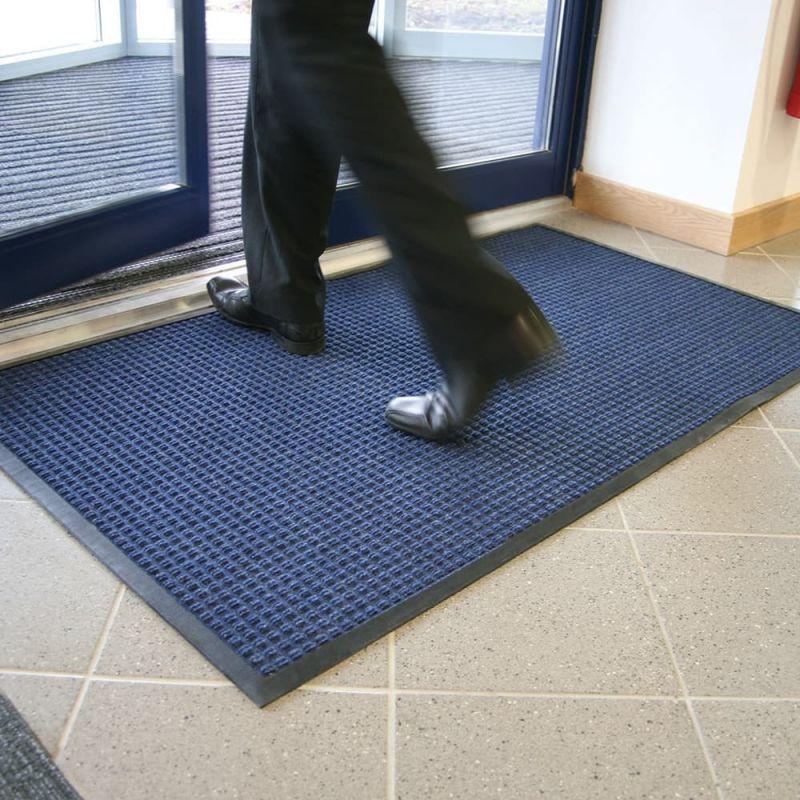 tapis d entree ultra absorbant effet grattant