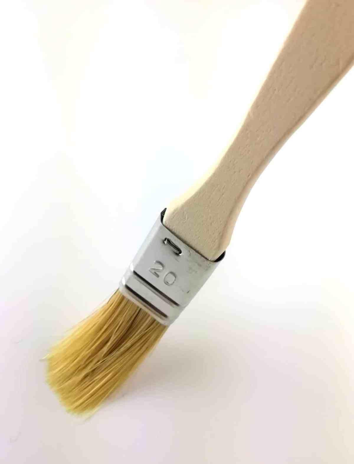 pinceau soies naturelles manche peuplier brut 20mm
