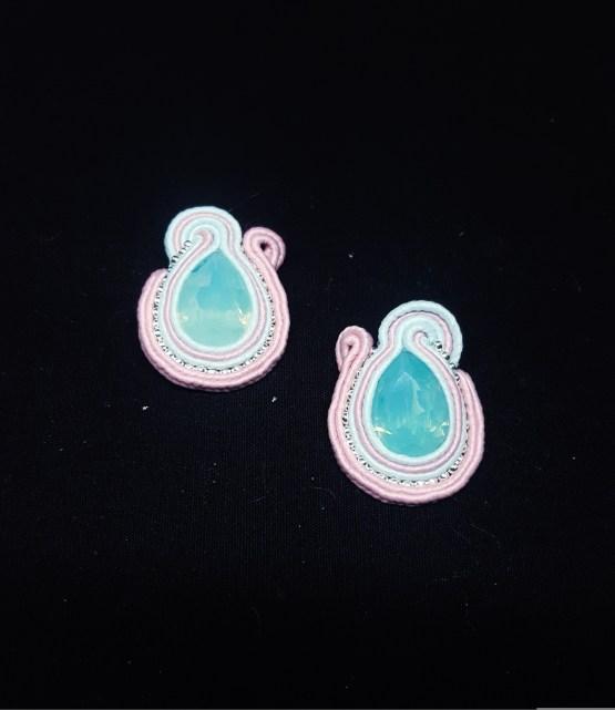 Boucles d'oreilles clips roses et bleues pâles et pacific opal Solal Bijoux Haute Fantaisie