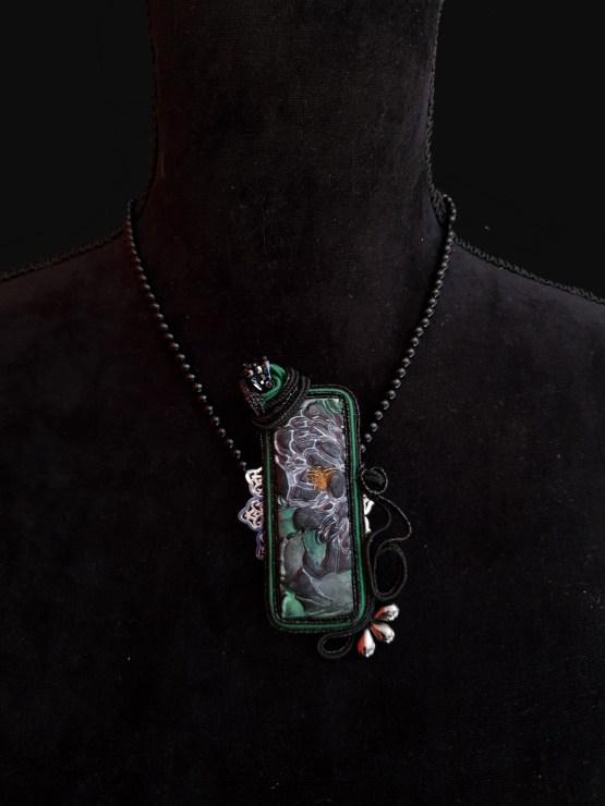 Solal Bijoux Haute Fantaisie collier aimanté en perles d'onyx noir et bijou nomade noir et vert