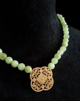 Solal Bijoux Haute Fantaisie collier aimanté de perles en jade vert