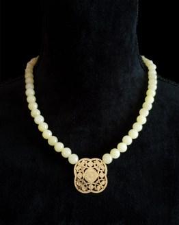Solal Bijoux Haute Fantaisie collier aimanté de perles en jade jaune