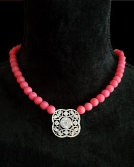 Solal Bijoux Haute Fantaisie collier aimanté de perles en jade mat rose