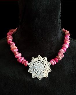 Solal Bijoux Haute Fantaisie collier aimanté de perles en jaspe impérial rose