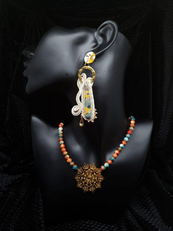 Solal Bijoux Haute Fantaisie boucles d'oreilles beige et or avec collier aimanté