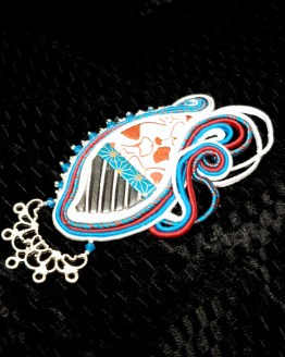 Solal Bijoux Haute Fantaisie bijou nomade bleu blanc rouge et argent