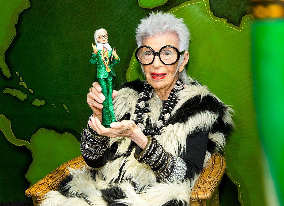 Iris Apfel et sa barbie