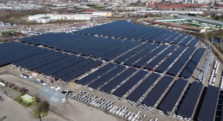 Гигантская солнечная парковка во Франции