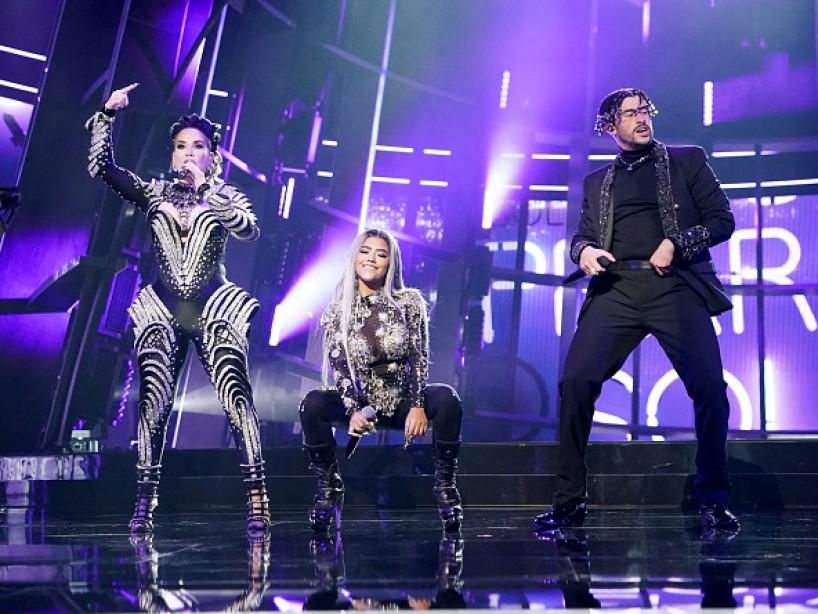 Bad Bunny lanza el remix de 'Yo Perreo Sola» con Ivy Queen y Nesi con un potente mensaje