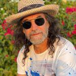 El Buki se inspiró y se volvió poeta en Twitter; ahora lo apodan 'el Jesús de la música'
