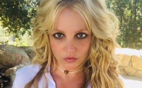 Britney Spears renuncia a los escenarios