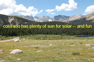 picture of colorado mountains bathed in sun