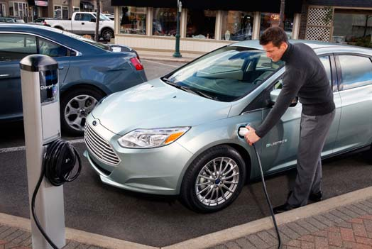 ford-focus-electric-charge