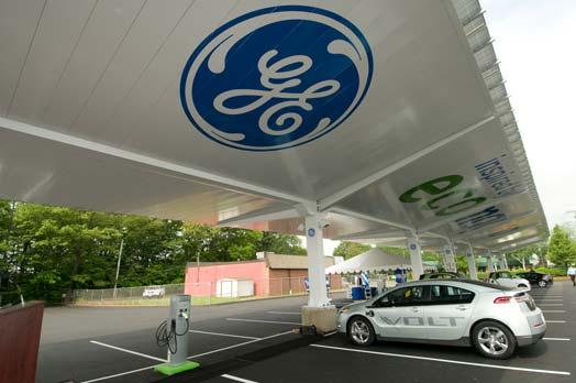 ge_ev_solar_carport01