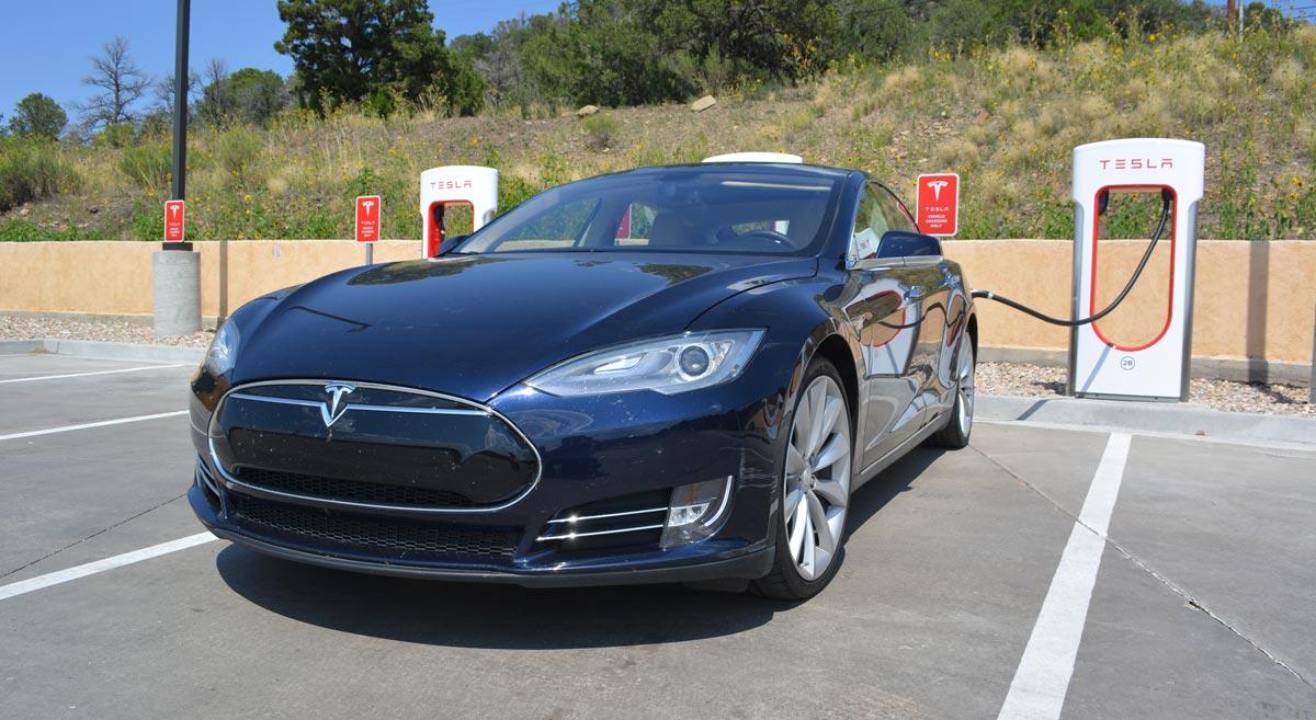 Denver to Santa Fe in a Tesla - SolarChargedDriving Com