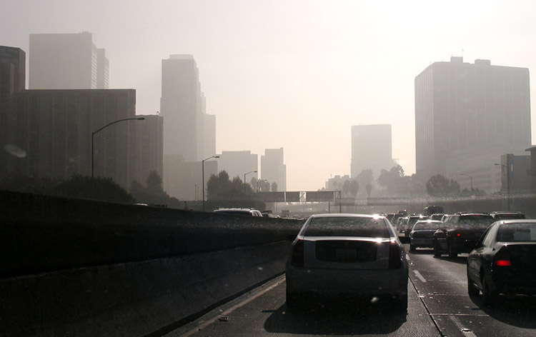 Air pollution in Los Angeles would virtually disappear with 100 percent renewables.